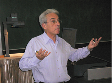 Prof. Fert, giving a lecture